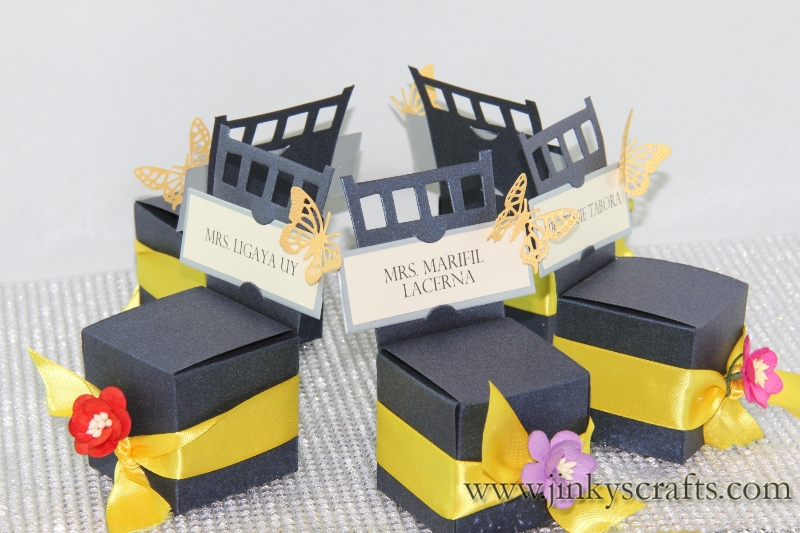 chair-gift-box-place-card-holder3
