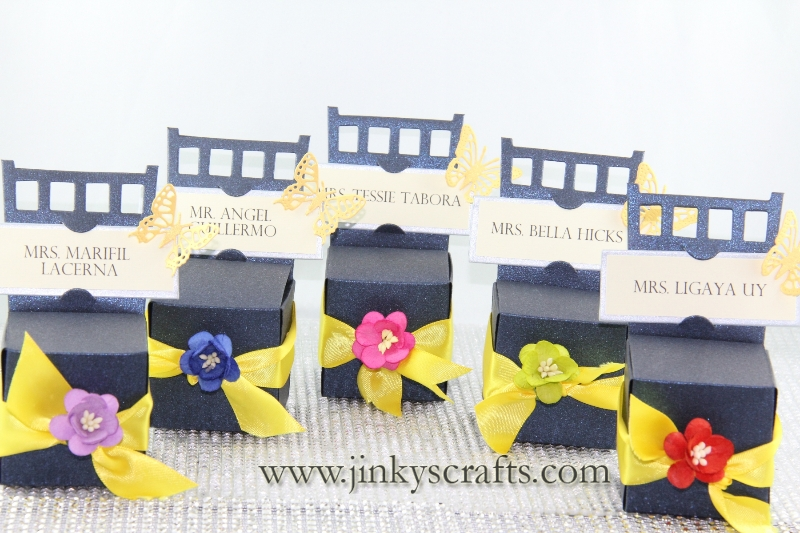 chair-gift-box-place-card-holder4