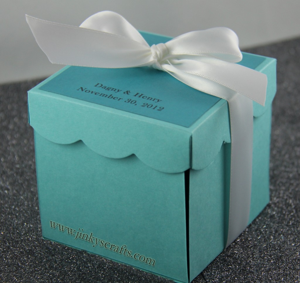 TIFFANY BLUE GIFT FAVOR BOX
