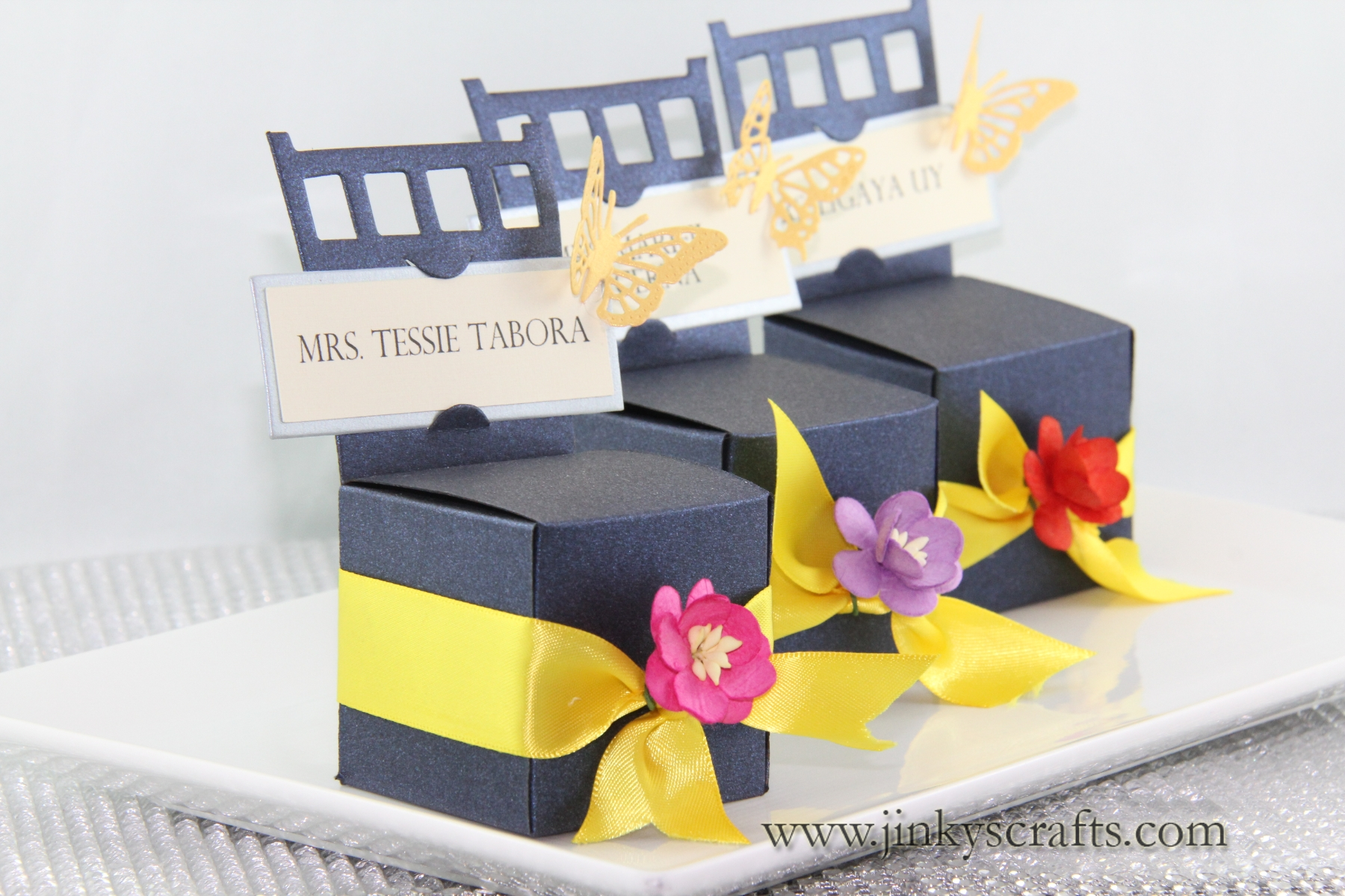Chair Box Gift Box / Box Invitation / Place card Holder